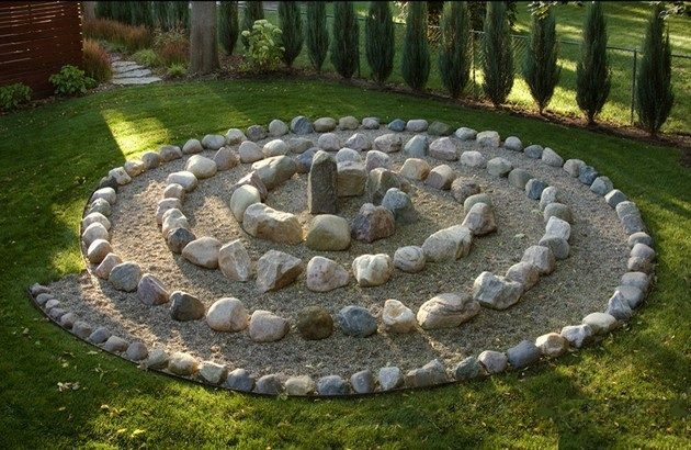 baltic design labyrinthcompanycom backyard labyrinth very simple