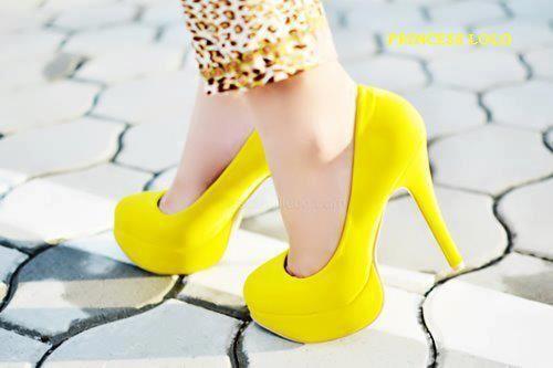 Sapato Salto Alto Amarelo