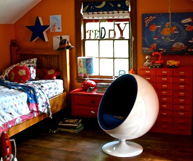 For A Little Boy Bright Kids Room Pub Table And Chairs Boy S Room