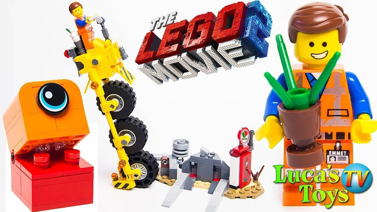 Lego Movie 2 Emmet Minifigure from 70823 New