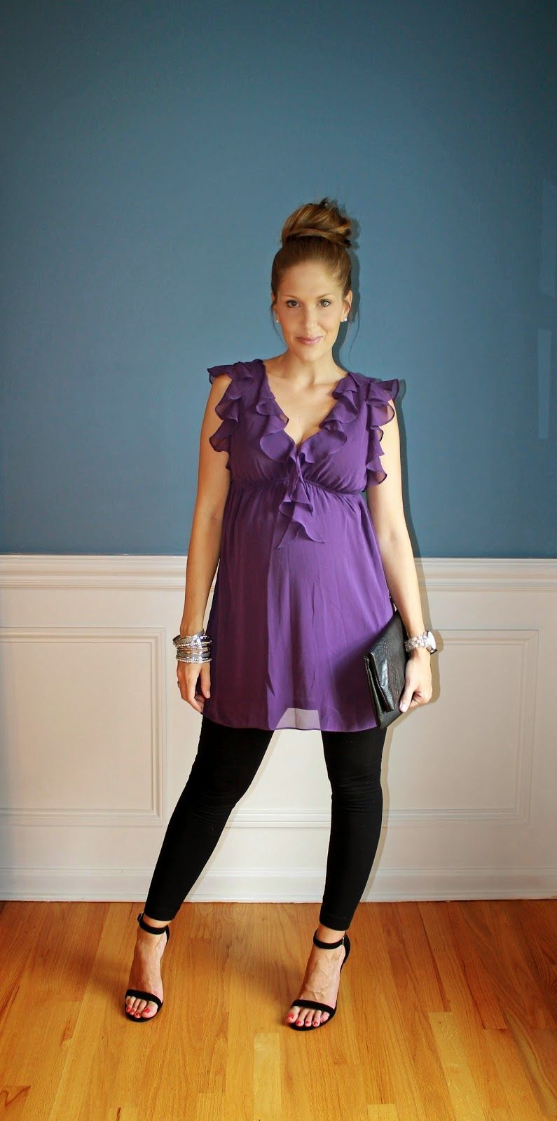 c9b035469a what to wear with leggings while pregnant 50+ best outfits  leggings  outfit   pregnant