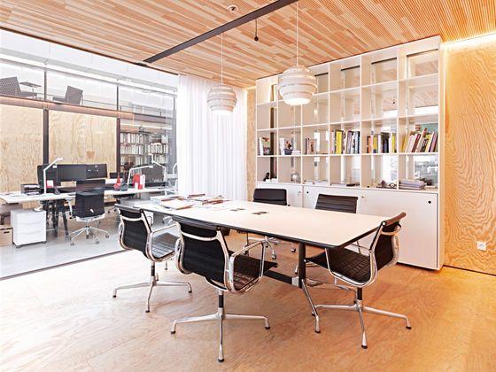 Vitra | Eames Segmented Tables