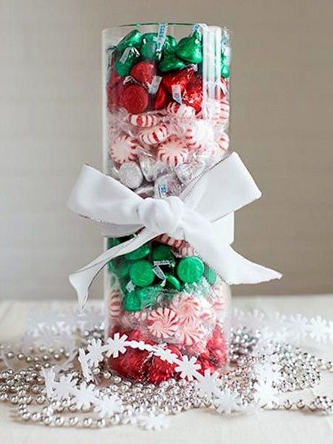 30+ BEST Homemade Christmas Decorations and Craft Ideas! #homemadechristmasgifts