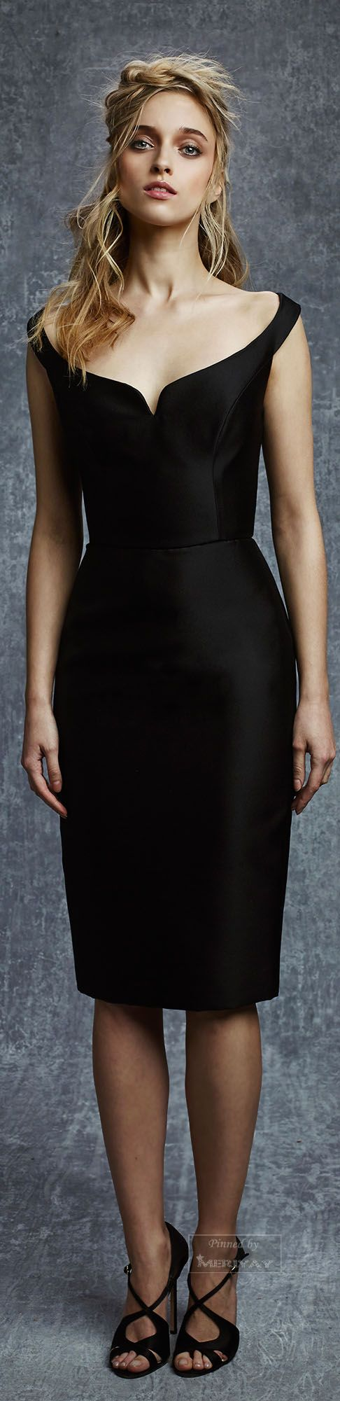Reem Acra I Had This Only Shorter And In The 60s I Was Younger Then And Looked Good In It I Made It Myself For New Ye Black Dress Little Black [ 2001 x 486 Pixel ]
