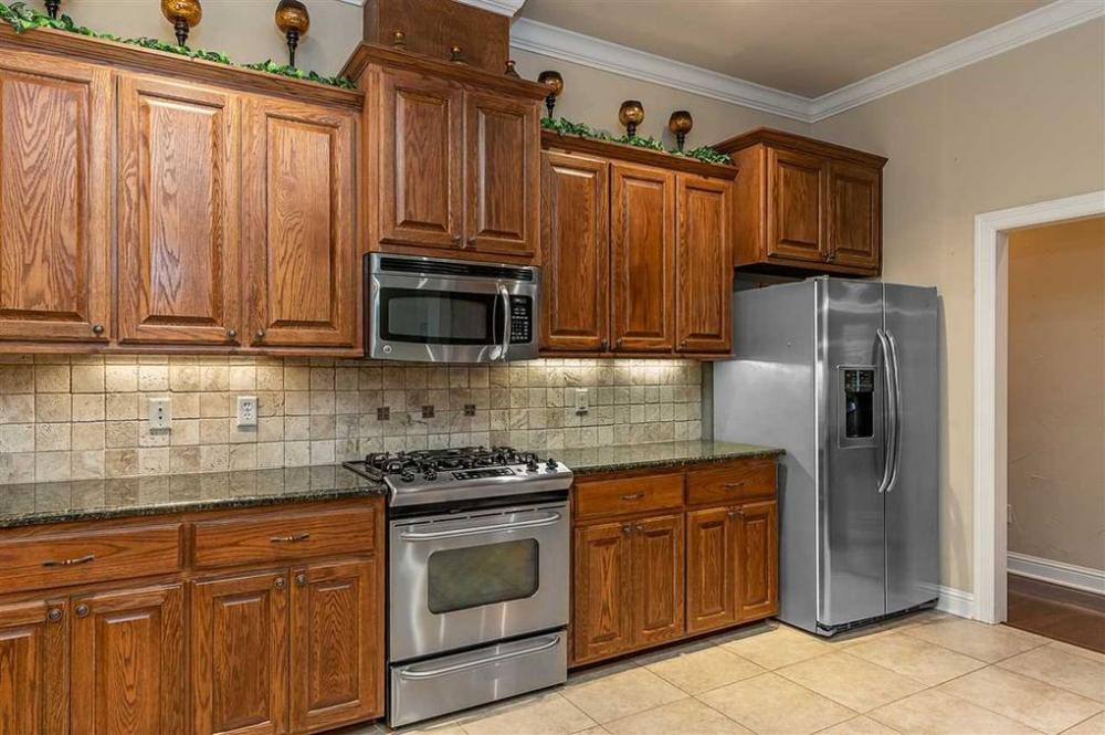 715 Cove Pl, Longview, TX 75604   House, Kitchen, Kitchen ...