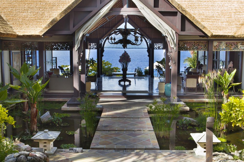 About Fregate Island Private Lodges, Island resort
