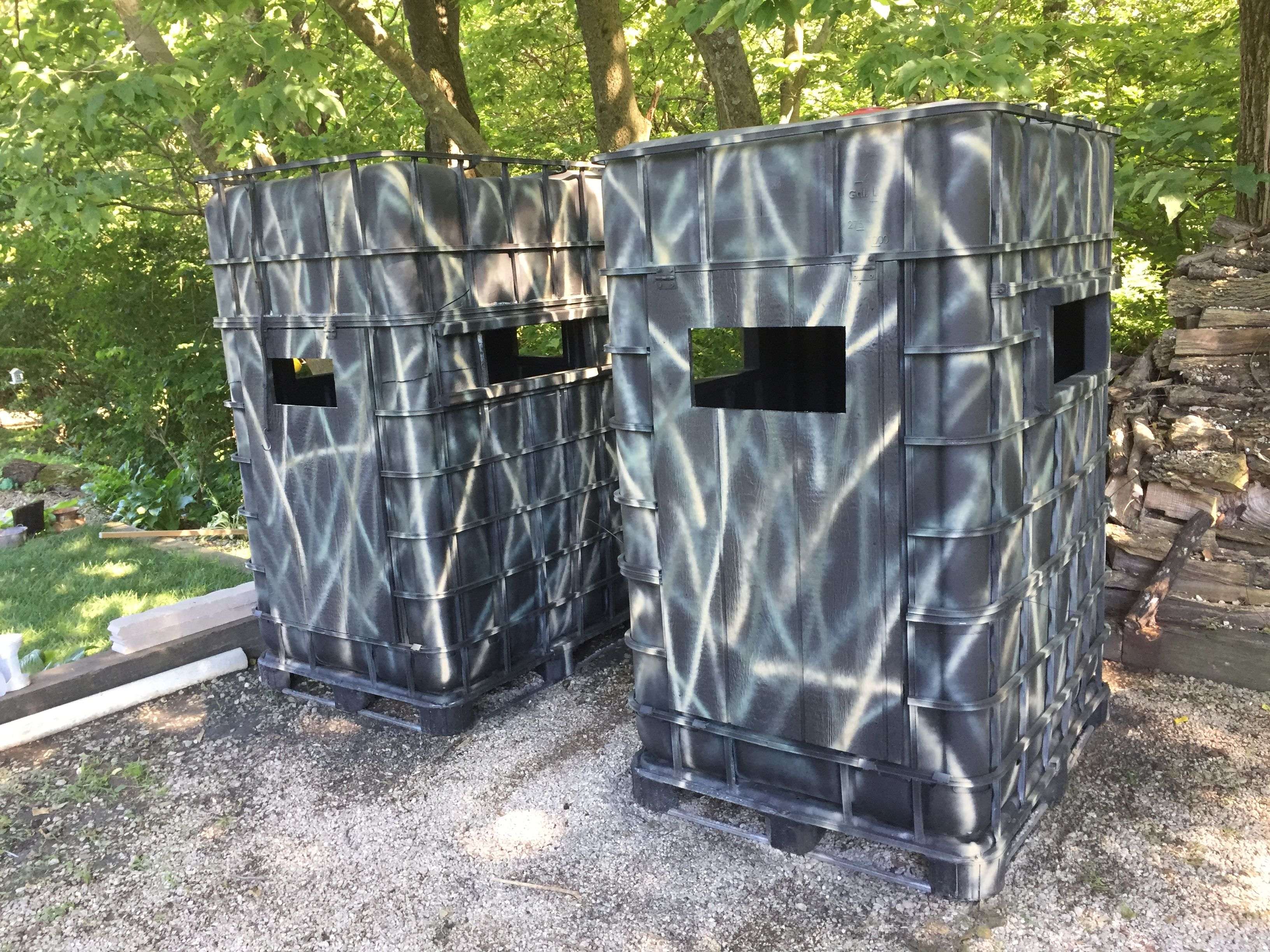 Made These 2 Deer Ground Blinds From 3 Ibc Totes I Hope To Have A Step By Step Soon Deer Hunting Blinds Deer Stand Deer Hunting