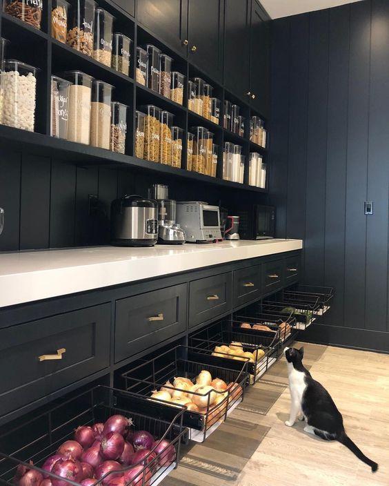 Kitchen Organisation + Freebie: Making Spring Cleaning Look Good -