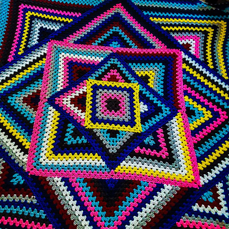 Ravelry: cablesqueen\'s Grand Daddy of Granny Square Lapghan ...