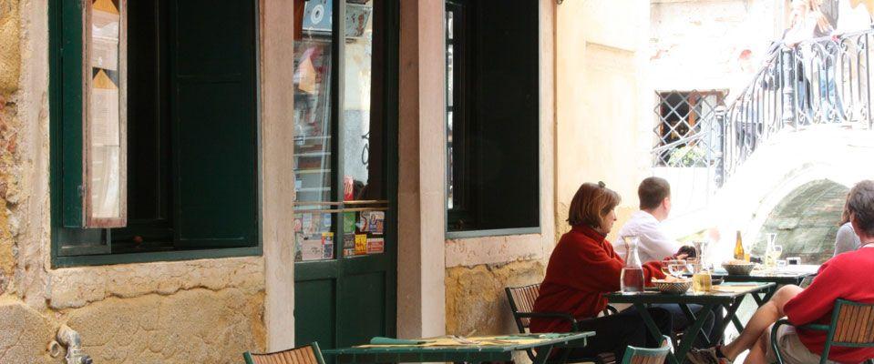 Osteria La Zucca A Venezia Con Cucina Alternativa E Vegetariana Menu Con Verdure Di Stagione E Una Ampia Scelta Di Vini Italiani Venezia Zucca Ristorante