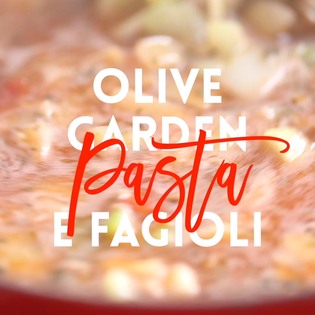 Olive Garden Pasta e Fagioli is part of Pasta fagioli recipe, Pasta fagioli soup, Copycat recipes olive garden, Olive garden pasta, Olive garden soups, Delicious soup - A super easy, nofuss copycat recipe that's wonderfully hearty and comforting, except it tastes 100x better!