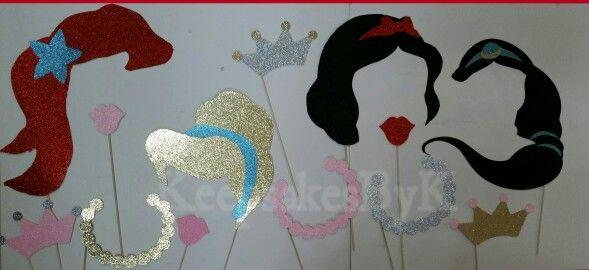 Disney Princess photo booth props #cricutexplore