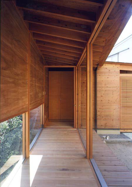 house-in-wakaura-by-archivi-architects-associates7.jpg