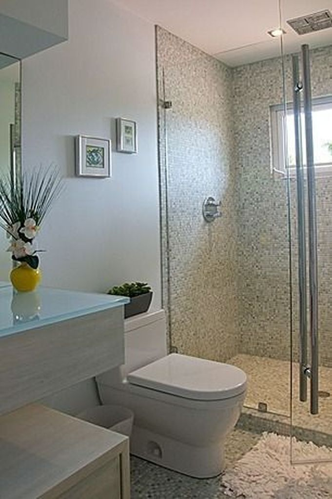 43 Simple but Functional Small Bathroom Design Idea ...