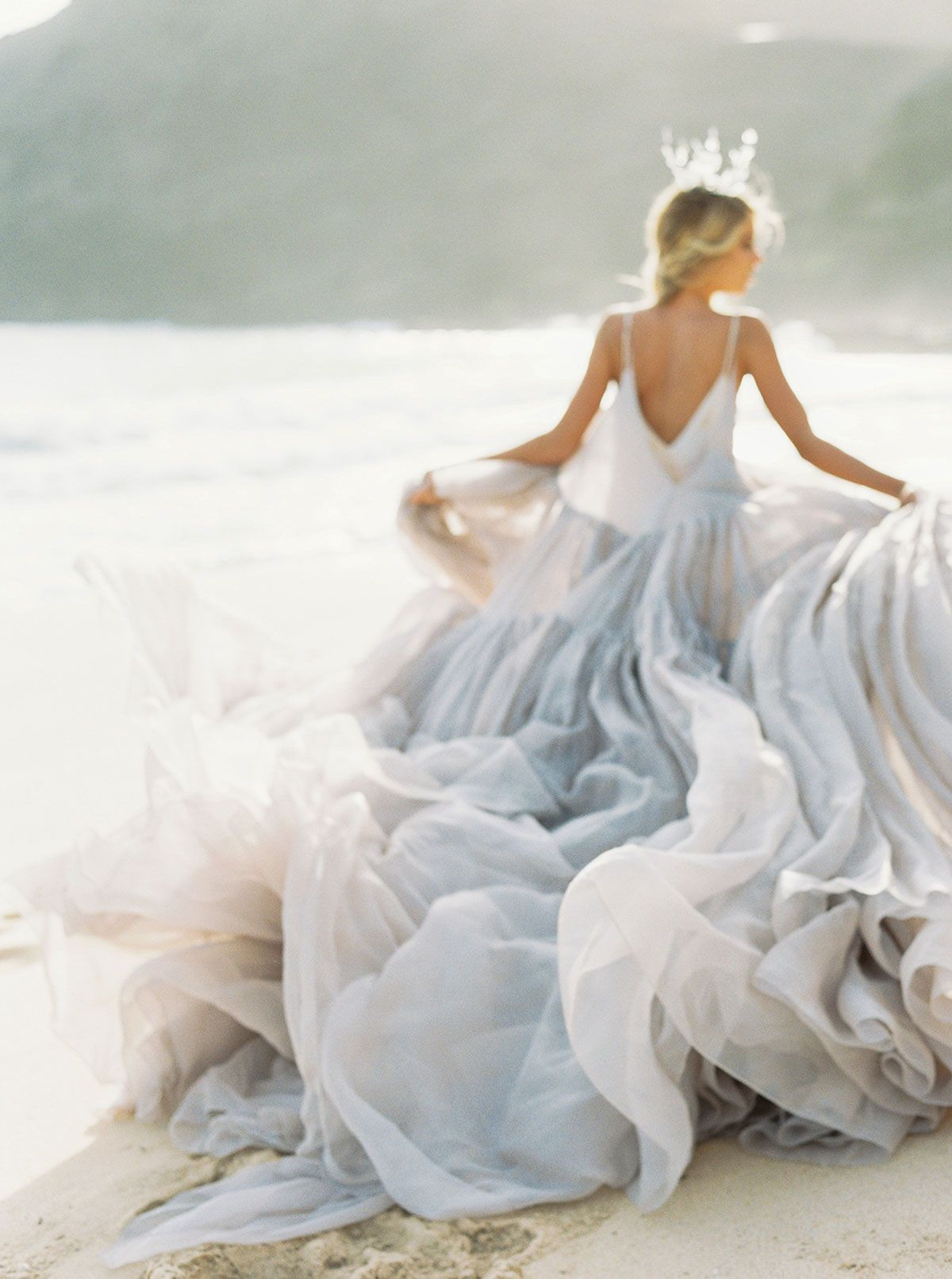 Bridal Inspiration / Where the Wildflowers Grow – Utterly Engaged