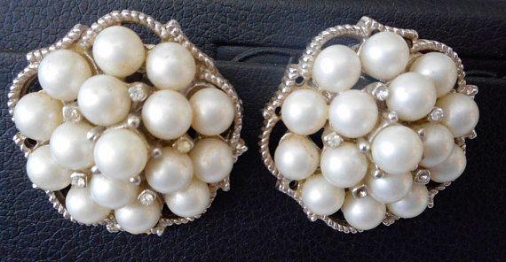 Vintage Rhinestone Faux Pearl Bead In Silver Metal Costume