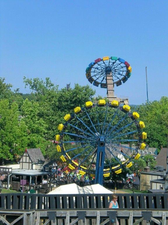 Six Flags St Louis Highland Fling Six Flags Amusement Park Rides Theme Park