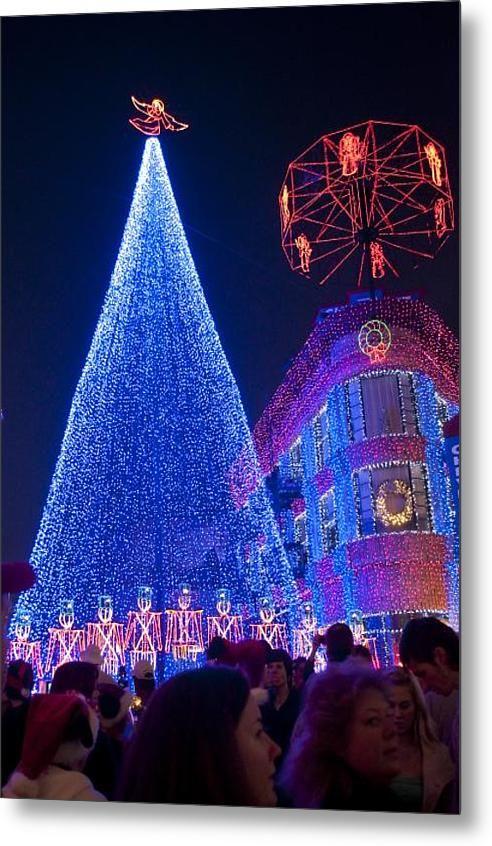 Disney Christmas Lights 2021 Disney Christmas Lights Spectacle Metal Print By Charles Ridgway In 2021 Disney Christmas Outdoor Christmas Lights Outdoor Christmas