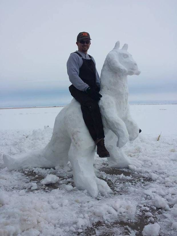 12 Super Funny Snowmen That Will Make This Awful Winter Ok - Beast Viral