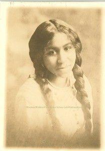 Mae Walker was born Fairy Mae Bryant in November 1898 (WalkerFamilyArchives aleliabundles.com)