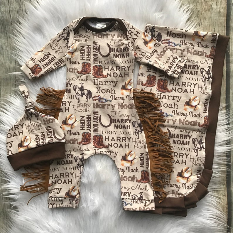 PERSONALIZED BABIES BIB COWBOY COWGIRL CHILD/'S NAME BRAND NEW GREAT GIFT IDEA