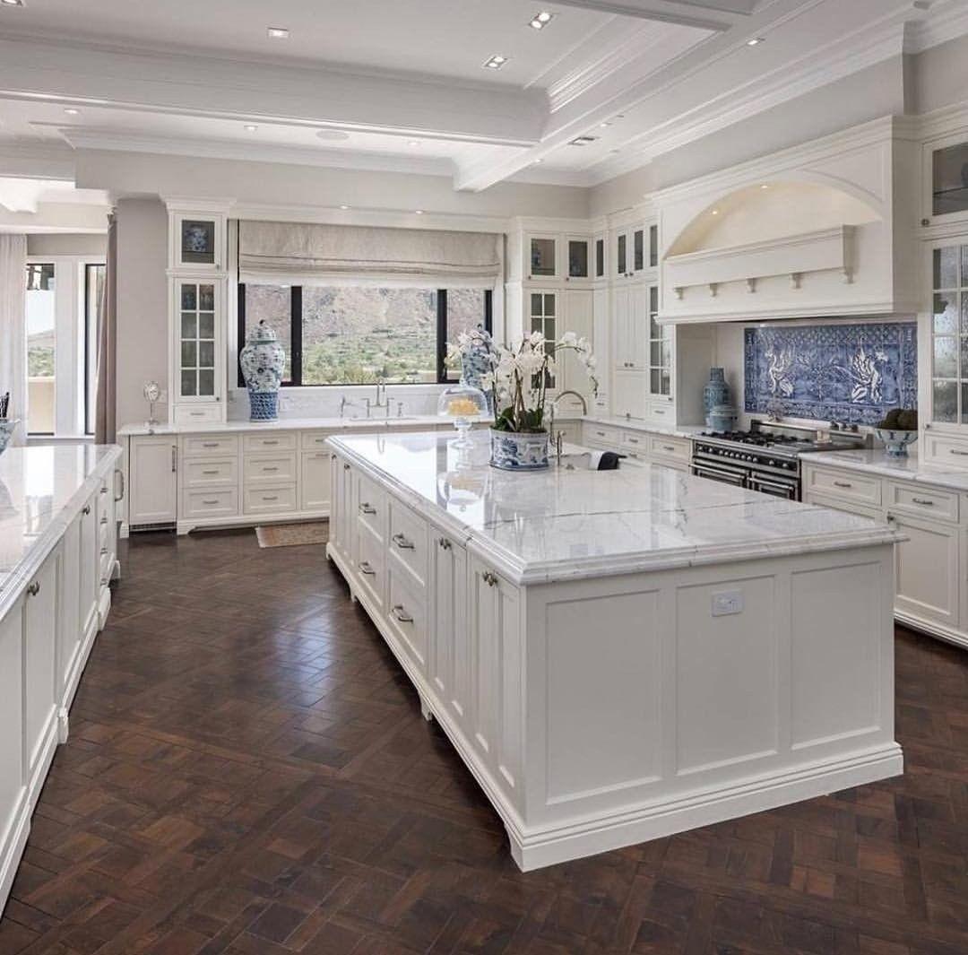 Great Big Chefs Kitchen In 2020 Dream Kitchens Design Luxury Kitchen Design Luxury Kitchens