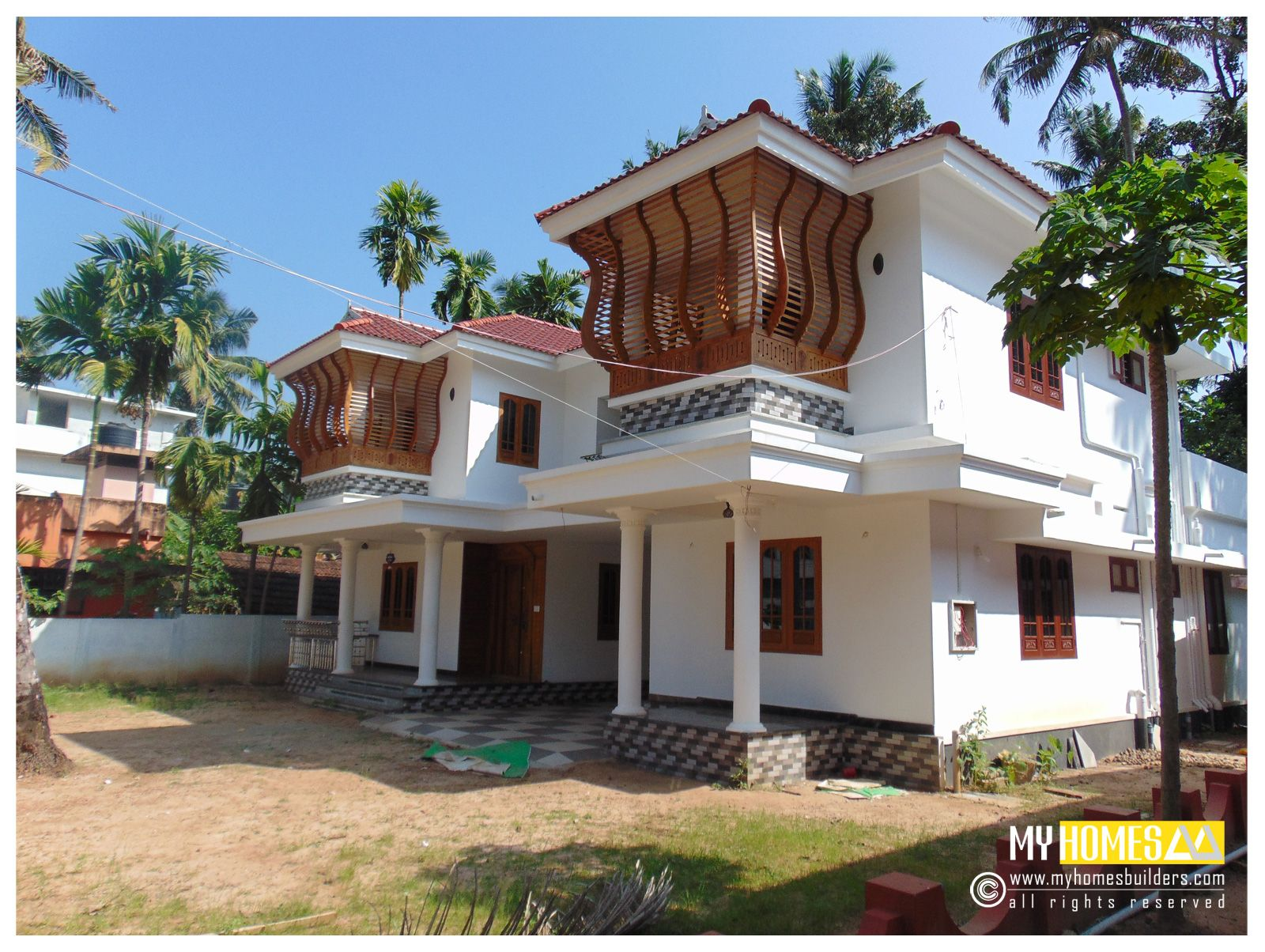 Kerala traditional homes designs 2850 sq ft kerala for Kerala traditional home plans with photos