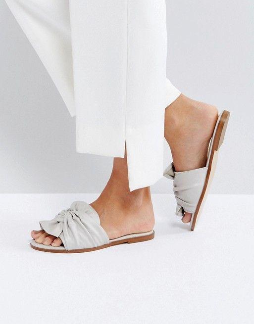 Sandalias estilo alpargata con lazo de Miss Selfridge XttZ8
