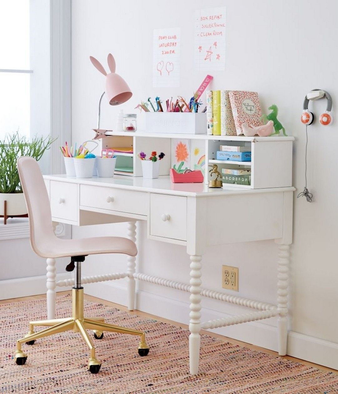 32 Diy Sawhorse Bookcase With Free Plans And Only Three