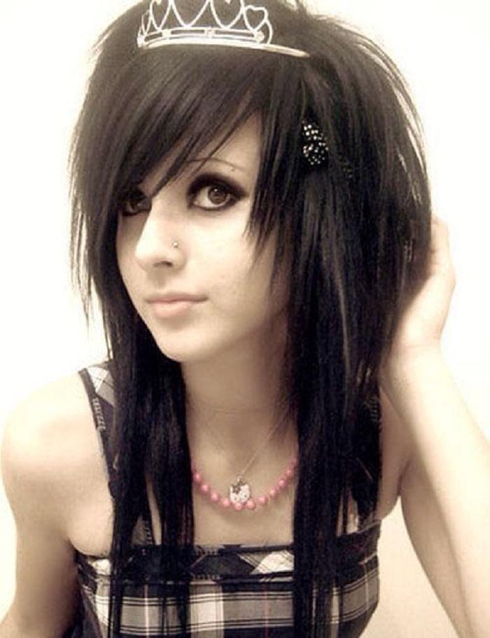 Emo Hair Cut Girl
