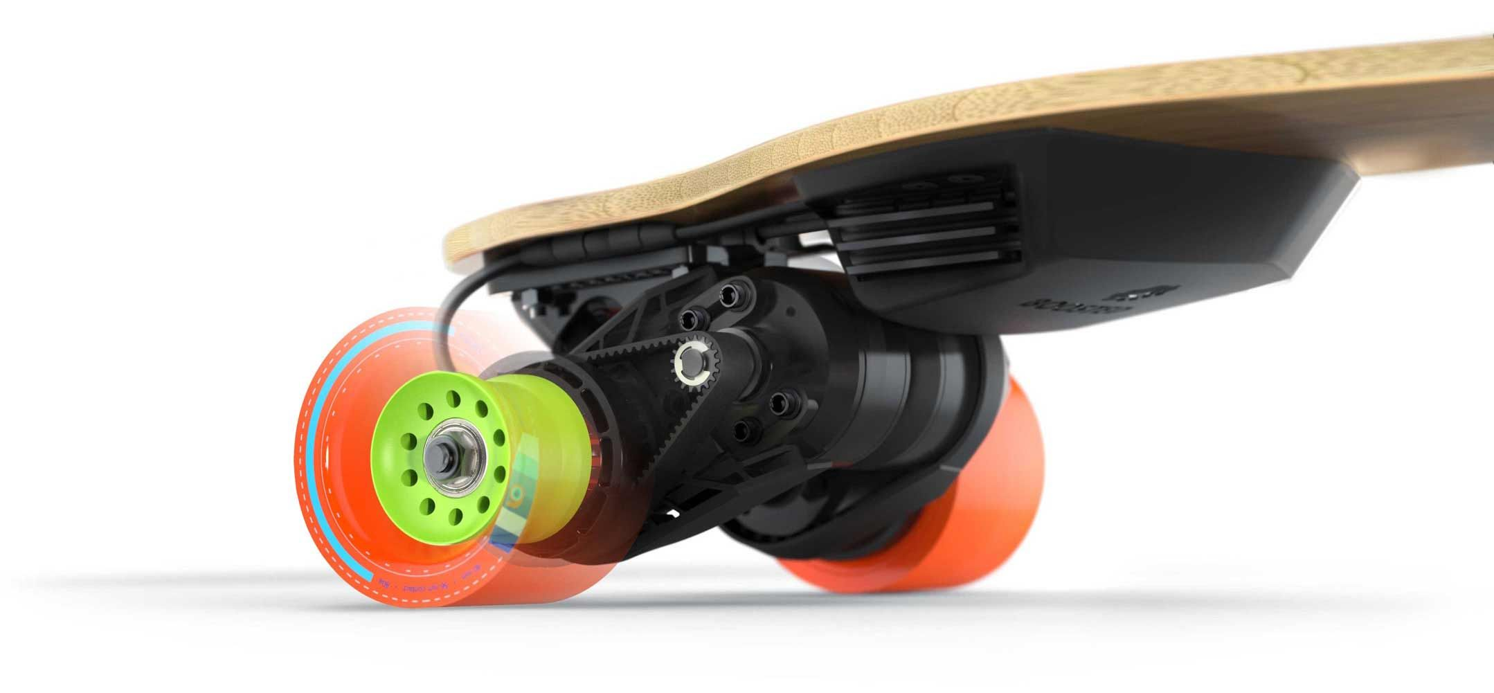 The high-performance electric skateboard with powerful acceleration, secure  braking and 14-mile range battery. The Boosted board has an unmatched ride  feel.