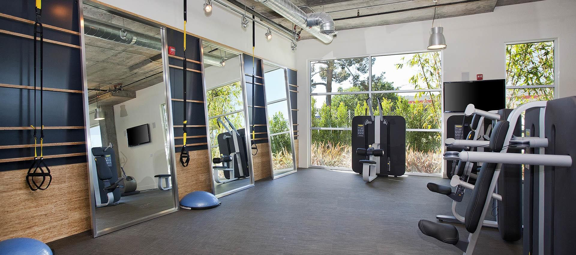 Fitness Center At Apartments In Glendale Ca Apartment Fitness Center Design Los Angeles Apartments