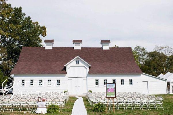 Pin By Intimateweddings Com On Barn Beauties Barn Wedding Venue Maryland Wedding Venues Barn Wedding