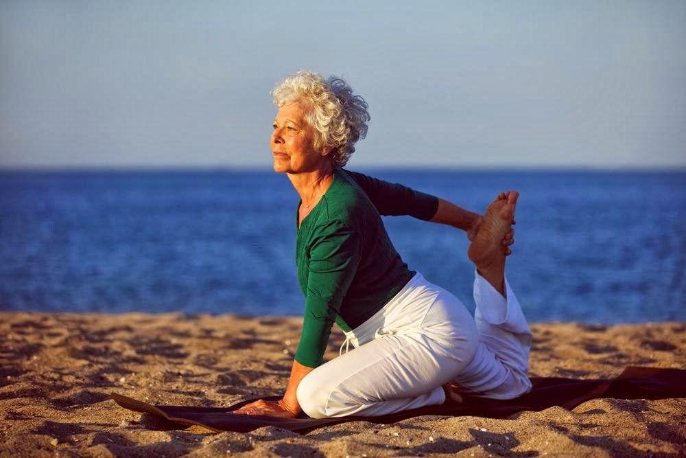 Yoga después de los 60 años | Yoga clases | Benefits of