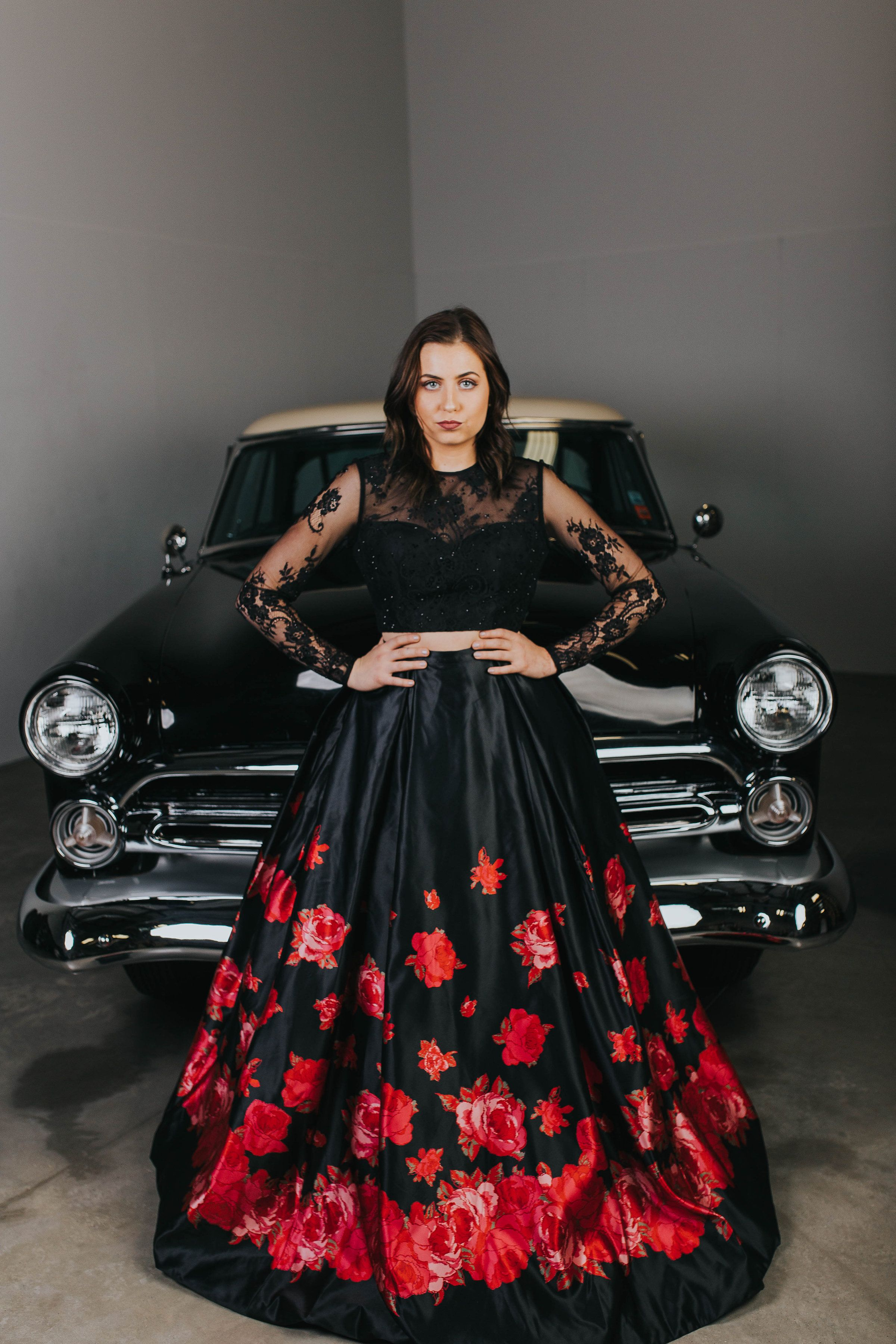bd26b03076 Sherri Hill Ball Gown Black Ball Gown with red roses Lace Satin Dress Two  Piece sherri Hill Floral Ball gown red flowers Lace two piece ball gown  Sherri ...