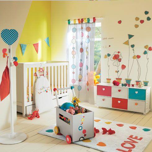 Piezas b sicas para el dormitorio del beb para m s for Decoracion de piezas