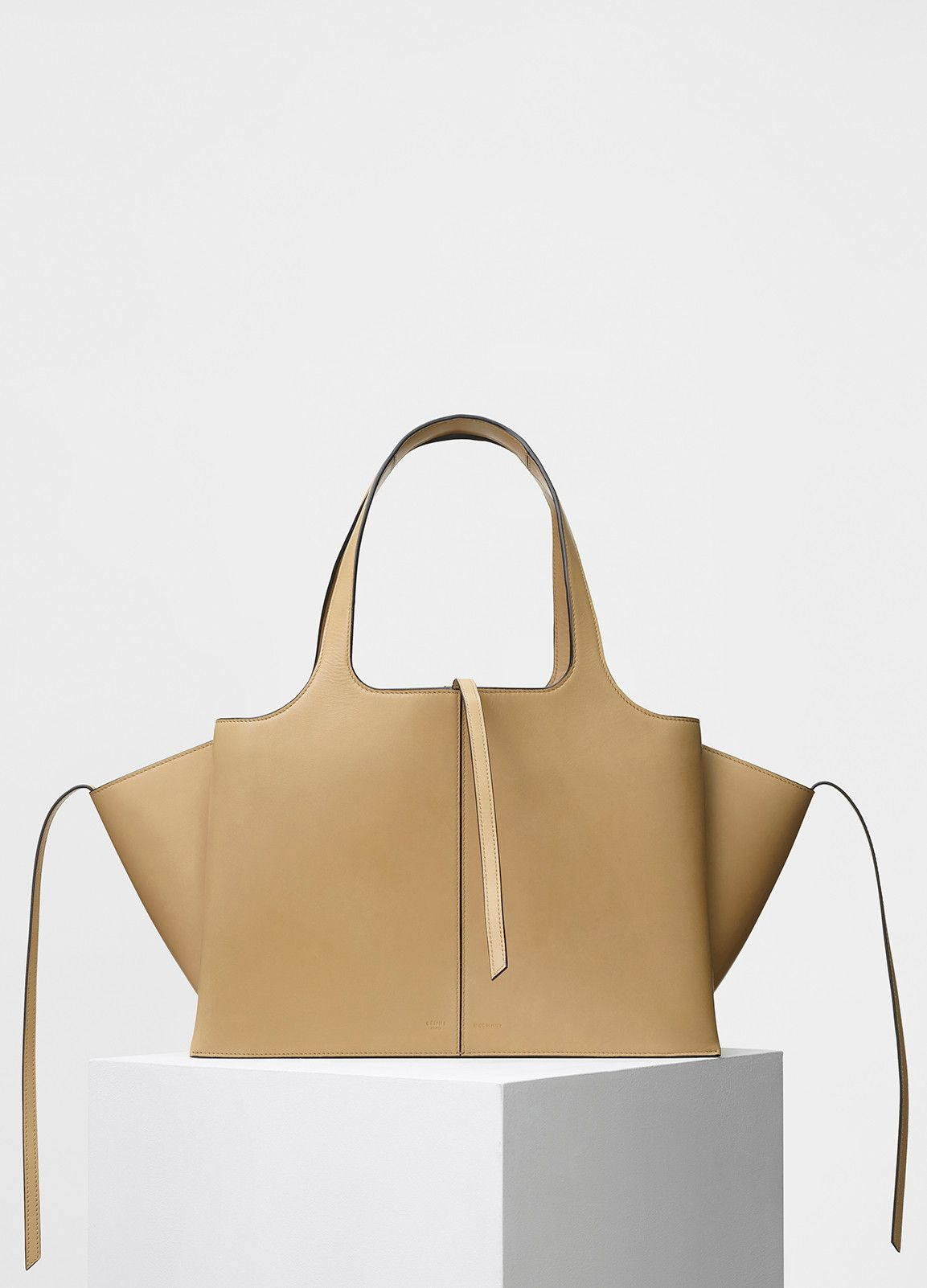 181c64ce137 CÉLINE - Medium Tri-Fold Shoulder Bag in Sand Supple Natural Calfskin