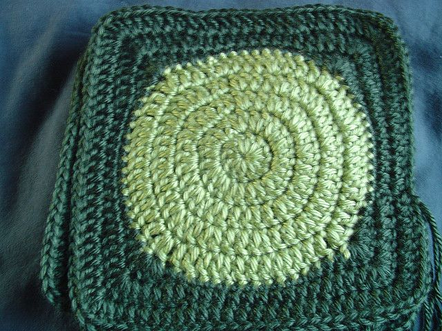 Circle in a square tutorial | Crochet Motifs | Pinterest