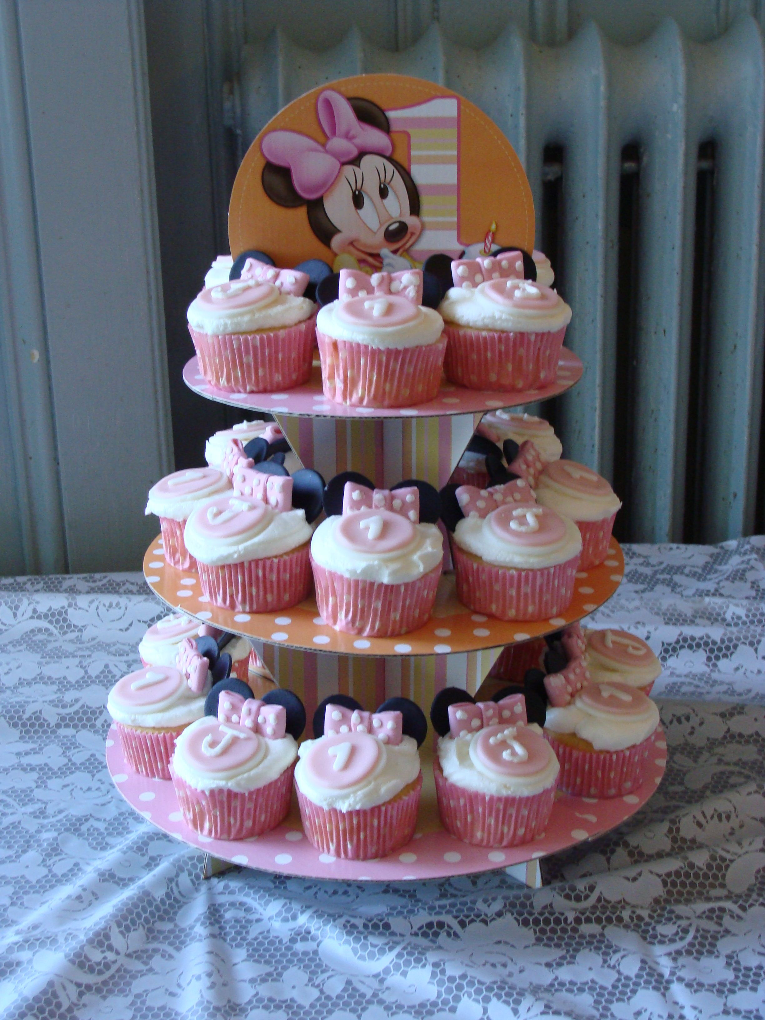 Minnie mouse birthday theme Minnie Mouse Themed 1st Birthday
