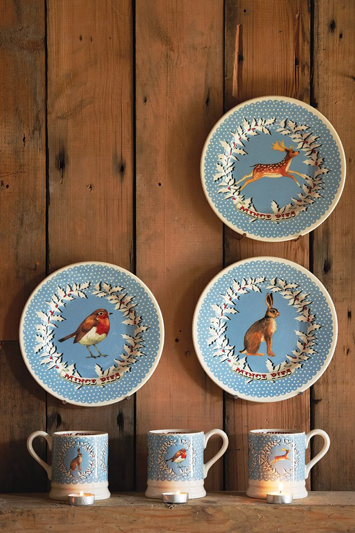 Emma Bridgewater Christmas 2014 Mince Pies 8.5 inch Plates and 0.5 Pint Mugs & Emma Bridgewater Christmas 2014 Mince Pies 8.5 inch Plates and 0.5 ...
