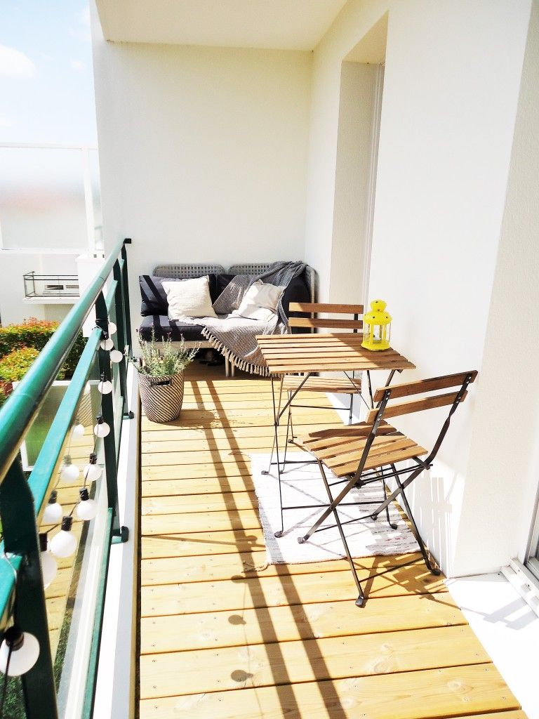 Am nager un petit balcon home by for Amenagement balcon terrasse appartement