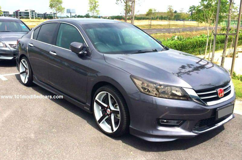 Modified Honda Accord Sedan (9th generation) with 19 inch