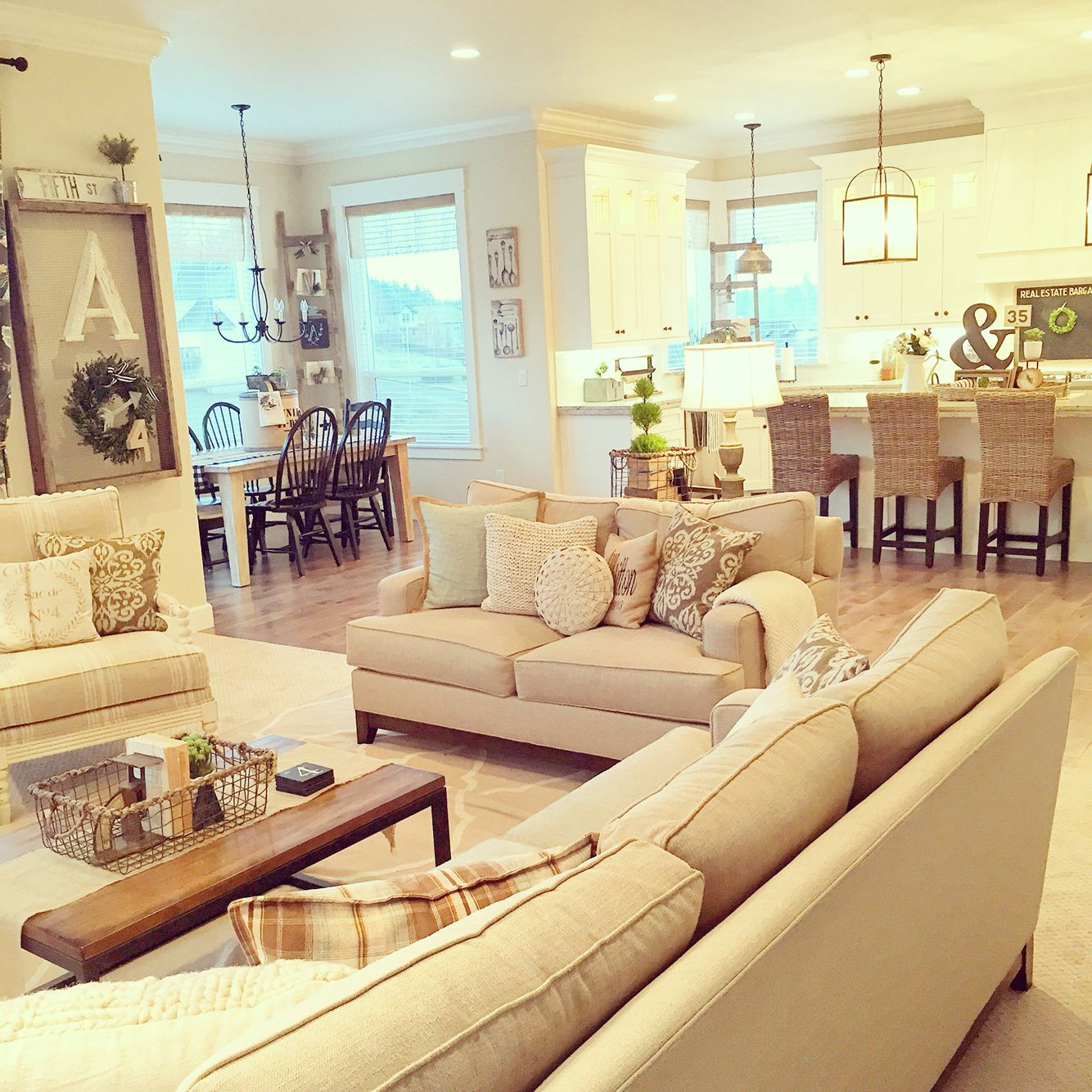 7 Steps to Cozy Farm house living room