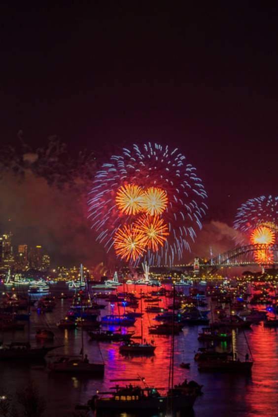 Sydney New Year's Fireworks 2020-2021 - Dates & Map | New year fireworks, Fireworks, Fireworks ...