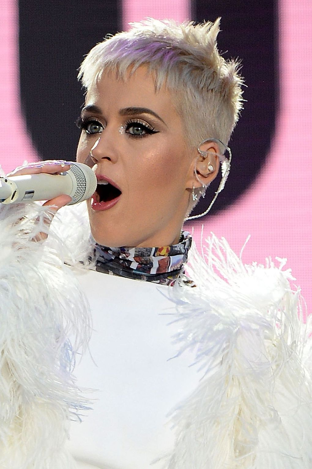 Katy perry reveals the real reason she cut her hair short white