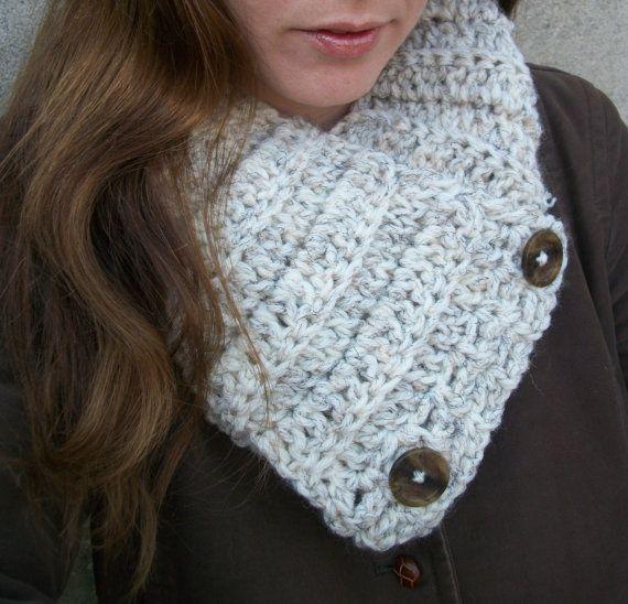 Abotonado gruesa bufanda, bufanda capucha, lana crema caliente ...