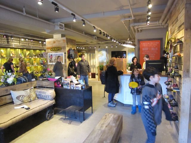 Keen Garage Opens In Canada Layout Retail Display