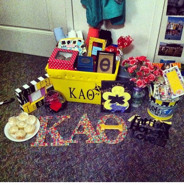 Adorable basket set up for big and little reveal