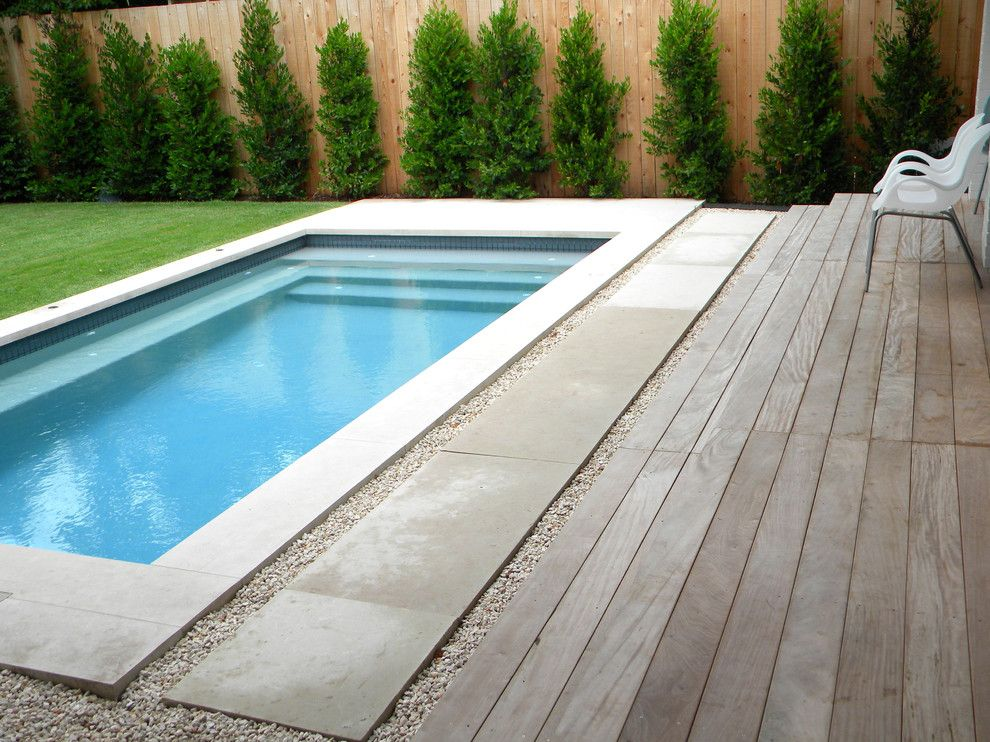 splash pools with manufactured wood outdoor lounge chairs ...