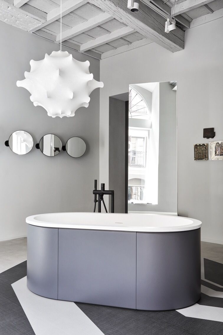 CIELO s showroom in Milan via Pontaccio 6   Cibele bathtub and Pluto  mirrors by Arcadia collection. CIELO s showroom in Milan via Pontaccio 6   Cibele bathtub and